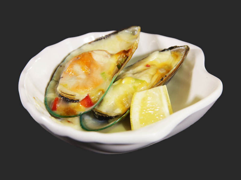 Grilled mussels 2pcs