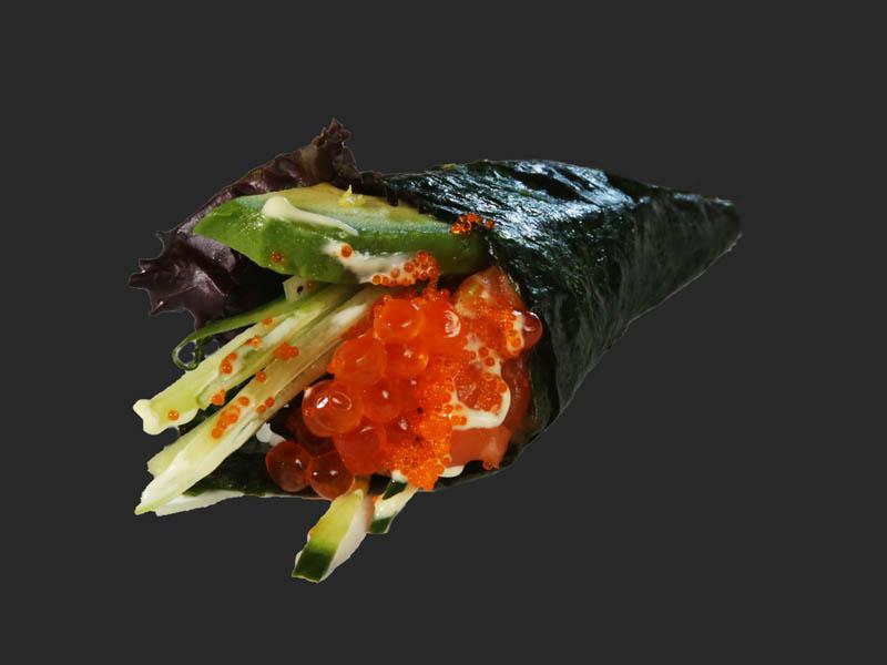 Salmon caviar hand roll