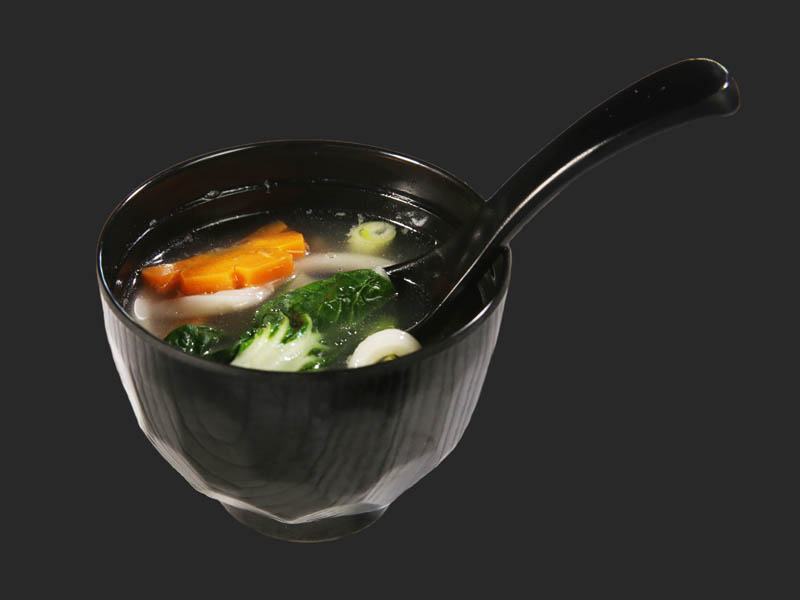 Udon soup with vegetable